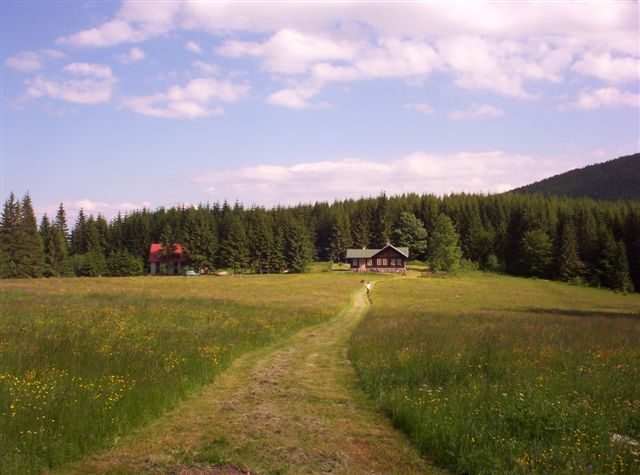 Pohlad na chaty na Čuntave.