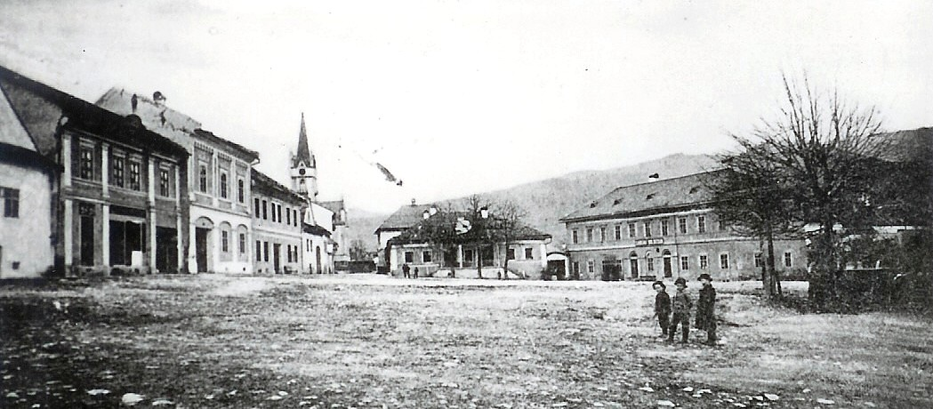 Dobšinské námestie pred rokom 1950